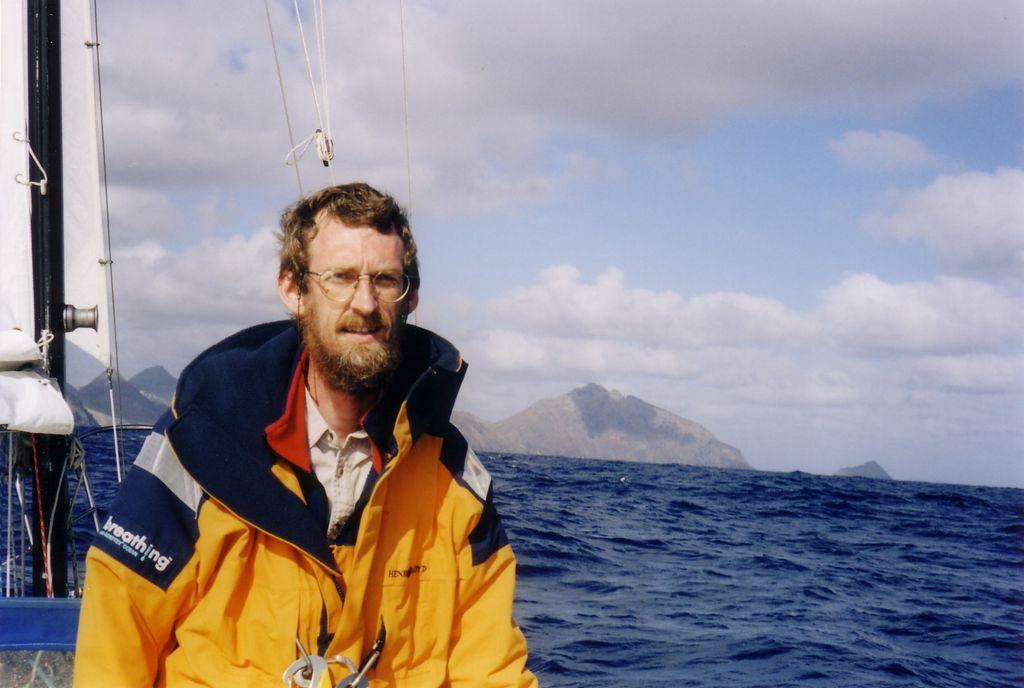 http://www.co26.com/gallery/albums/userpics/10104/Seeadler_-_Madeira_Landfall.jpg